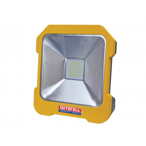 LED Task Light with Power Take Off 20W 110V
