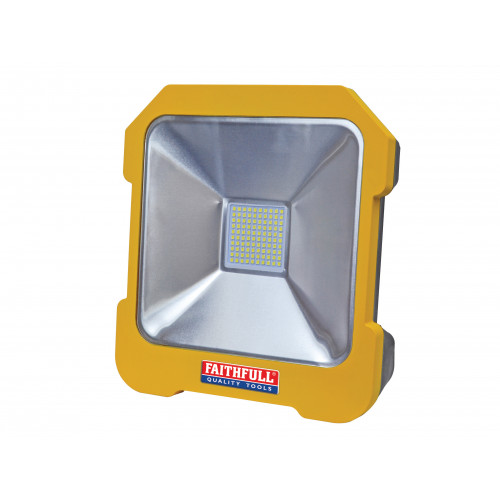 LED Task Light with Power Take Off 20W 110V